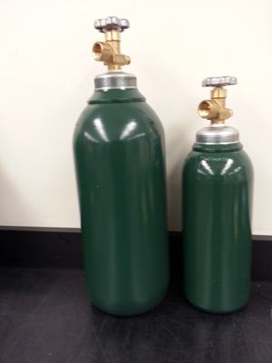 CGA 580 / 3L CARBON STEEL CYLINDER PACKLESS BRASS ANGLE